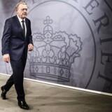 Statsminister Lars Løkke Rasmussen er på vej vej frem og vinder ind på S-leder, Mette Frederiksen, i Gallups nye præsidentmåling.
