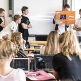 (ARKIV) Tyskundervisning i 9. klasse på Vestegnens Privatskole 14. september 2015. Hvis en elev i 8. klasse ikke vurderes at ville være klar til at begynde på en ungdomsuddannelse efter 9., er det meningen, at eleven skal have ekstra hjælp. Men 40 procent af de ikke-uddannelsesparate elever oplever, at der ikke er sket noget særligt, efter at de fik besked om, at de næppe ville blive klar til at gå i gymnasiet, på handelsskolen eller en anden ungdomsuddannelse. Det skriver Ritzau, tirsdag den 3. juli 2018.. (Foto: Søren Bidstrup/Ritzau Scanpix)