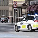 Politi afspærrer område ved Tivoli efter skyderi fredag d. 2 juni 2017. Mand skudt foran Tivoli.. (Foto: Jens Nørgaard Larsen/Scanpix 2017)