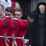 Den kongelige familie udenfor Christiansborg slotskirke efter den kirkelige handling i forbindelse med prins Henriks død. Scanpix/Liselotte Sabroe