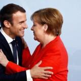Frankrig vil fortsætte sit vigtige samarbejde med Tyskland, siger præsident Macron efter valgsejr til Merkel.