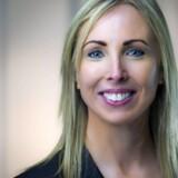 De allerstørste amerikanske teknologiselskaber har deres europæiske hovedsæde i Irland, så direktøren for det irske datatilsyn, Helen Dixon, har nok at se til – især når det gælder beskyttelse af persondata: »Der skal ryddes op hos mange,« spår Helen Dixon. PR-foto