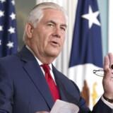 Den amerikanske udenrigsminister, Rex Tillerson, afviser alle spekulationer om, at han vil trække sig.