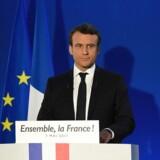 Det var en alvorstung Emmanuel Macron, som søndag aften i sin første tale som præsident rakte hånden ud mod sine modstandere. AFP PHOTO / POOL / Lionel BONAVENTURE