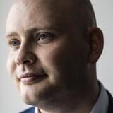 Jakob Engel-Schmidt (V) mener ikke, at Mette Frederiksen skal gøre sig til moralsk dommer over, om det er i orden, at mænd køber sig til sex i deres fritid. Scanpix/Thomas Lekfeldt