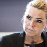 Man vil ikke Danmark, hvis man sender sit barn på genopdragelsesrejse, mener udlændingeministeren.
