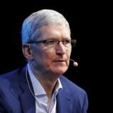 Den pressede Apple-topchef, Tim Cook, lagde torsdag vejen forbi EU-kommissær Margrethe Vestager.