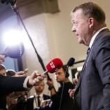Spørgetime i Folketingssalen. Statsminister Lars Løkke Rasmussen besvarer spørgsmål fra pressen i Vandrehallen efter spørgetimen. 22. november 2016. (Foto: Jens Astrup/Scanpix 2016)