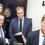 Dansk Folkepartis Rene Christensen, Peter Kofoed og Peter Skaarup i baggrunden - forrest er det Kristian Thulesen Dahl. (Foto: Ólafur Steinar Gestsson/Scanpix 2016)