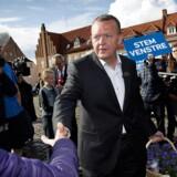 ARKIVFOTO. Lars Løkke Rasmussen (V) i på torvet i Køge med under to timer tilbage af folketingsvalget torsdag den 18. juni 2015.
