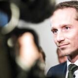 Finansminister Kristian Jensen (V) er blevet nyt mål for angreb fra Socialdemokratiet.