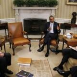 USAs præsident Barack Obama har udpeget den tidligere, nationale sikkerhedsrådgiver Thomas Donilon (til højre) og IBMs tidligere topchef Sam Palmisano (til venstre) som formand og næstformand i en ny national cybersikkerhedskommission. Foto: Carlos Barria, Reuters/Scanpix