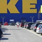 IKEA og otte andre globale kæmpeselskaber har givet hinanden håndslag på at skifte hele deres bilflåde til elektriske biler inden 2030.