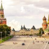 Nu kan man stå på Den Røde Plads midt i Moskva og ringe hjem til dansk takst - hvis man er kunde hos »3«, som har afskaffet roaming i Rusland. Arkivfoto: Iris/Scanpix