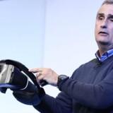 Brian Krzanich har i sine fem år som topchef fået styret chipgiganten Intel – næststørst efter Samsung – ind på nye markeder og fået rettet økonomien op. En affære på arbejdspladsen kostede ham dog topjobbet.