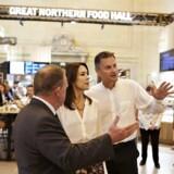 Kronprinsesse Mary og Statsminister Lars Lække Rasmussen besøger kokken Claus Meyer i hans nye projekt The Great Northern Foodhall på Grand Central Station i New York. (Foto:Troels Graugaard / Scanpix). (Foto: /Scanpix 2016)
