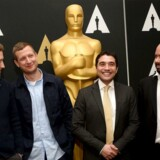 Det var blandt andet på baggrund af hans oscarnominerede film »Krigen«, at David Fincher blev interesseret i at hyre Tobias Lindholm. Her ses han som nummer to i rækken af instruktører der sidste år blev nomineret til prisen i den ikke-engelsksprogede katefgori, Laszlo Nemes, Naji Abu Nowar og Ciro Guerra.