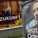 Den østrigske kansler Christian Kern (tv.) og hans rival Sebastian Kurz (th.)