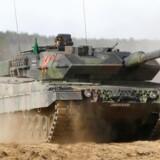 En Leopard 2 kampvogn fra den tyske forbundshær på øvelse i Litauen, maj 2017. Foto: Ints Kalnins/Reuters