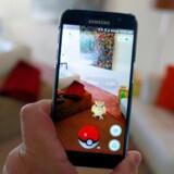 """Den japanske spilproducent Nintendo har lanceret sin nye mobil-app """"Pokémon Go"""" på det tyske marked forud for en lancering i resten af Europa, skriver avisen The Independent. (Foto: Reuters,Sam Mircovich)"""