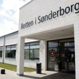 Det er kommet frem under et grundlovsforhør i Retten i Sønderborg torsdag, hvor en 30-årig mand er sigtet for drabet på barnet.