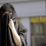 Social kontrol rammer mange muslimske kvinder under dække af religion. Arkivfoto: Lea Meilandt Mathiesen/Scanpix