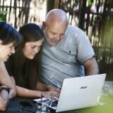 Der er mange ting at tage stilling til, når man vil hjælpe sit barn på vej med en bolig i studietiden i form af et såkaldt forældrekøb.