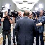 Statsminister Lars Løkke Rasmussen (V) efter sit såkaldte »tilskæringsmøde« med Dansk Folkeparti sent onsdag aften i Statsministeriet.