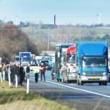 Ulykker lammer ofte trafikafviklingen på motorvejene. FDM støtter DI-forslag om lade bulldozere rydde op.