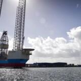 Mørke skyer samler sig i olielandet Norge. Nu har danske Maersk Drilling måttet komme med fyringsvarsler i forbindelse med, at virksomheden lukker to platforme. Det er den relativt lave oliepris, der udhuler fortjenensten ved at bore efter olie offshore. Her ses riggen Mærsk Innovator. Arkivfoto: Claus Fisker