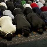 ARKIVFOTO fra moskeen på Dortheavej i København, som Venstres integrationsordfører inger Støjberg besøgte tidligere på året og nu har skrevet en kronik ud fra, som vækker debat om muslimer i Danmark