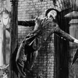 Scene fra den amerikanske film »Singing in the Rain« med Gene Kelly. (Udateret arkivbillede).