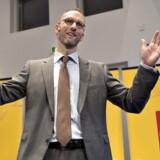 """""""Jeg er glad,"""" sagde Knudstorp få øjeblikke før, han løftede sløret for Legos 2013-regnskab. Topchefen jokede om gårsdagens løbetur, forårsfornemmelser, endorfiner og glæden ved at præsentere et meget tilfredsstillende resultat."""