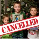 Amerikaneren Lisa Henderson har i år sløjfet julegaverne for sine tre sønner, fordi de opfører sig krævende og utaknemmeligt. Hun mener, at børnene skal lære at være taknemmelige over for andre.