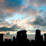 Stonehenge ved solopgang.