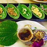 """Den nordthailandske specialitet """"Miang Kham"""" fik smagsløgene til at vibrere frydefuldt hos Judith Betak."""
