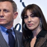 Danskerne strømmer til biograferne for at se den nye Bond-film.