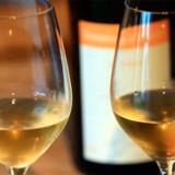 Dommerpanelet kårede hvidvinen hos easyJet, som den bedste hvidvin, man kan få fingrene i, når man flyver.