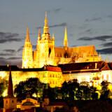 Prags Borg har gennem mere end tusind år været hjemsted for statsoverhoveder. Men man behøver ikke være konge for at få gode oplevelser i Prag.
