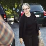 Skattedirektør Lisbeth Rasmussen afslørede, at hun fik en irettesættelse, da hun blev kaldt ind til Skat Københavns øverste direktør Erling Andersen. Årsagen? At hun havde journaliseret fire akter, hvor navnet Peter Loft indgik.