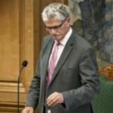 Mogens Lykketoft bliver af oppositionen kritiseret for, at han mere agerer som socialdemokrat end som folketingsformand, når han beklæder formandssædet i parlamentet.