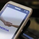 Nokia taber langt flere penge, end analytikerne havde forventet.
