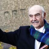 Den tidligere James Bond-skuespiller, Sean Connery runder et skarpt hjørne, da han i dag fylder 85 år. Han har medvirket i et utal af film, siden hans karriere som skuespiller startede tilbage i 1954, men bedst huskes han for sin rolle som superagenten 007.