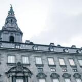 På Christiansborg er der enighed mellem S og V om, mindsteløn ikke er en god ide