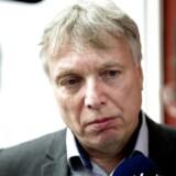 Uffe Elbæk overvejer ikke at melde sig ind i et andet parti og vil fortsat bakke op om den siddende regering.