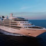 """""""Seven Seas Voyager"""" fra rederiet Regent Seven Seas Cruises er verdens bedste indenfor sin kategori """"De bedste store krydstogtskibe"""". Se vinderne ved at klikke på billederne herunder."""