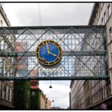 -Arkiv- SE RITZAU Mediekoncernen Egmont skovler penge ind BV.: Egmonts gangbro i Vognmagergade med den lille gade Åbenrå i baggrunden Egmont.