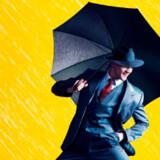 """Palace Theatre i London åbner for """"previews"""" på sæsonens nye opsætning af klassikeren """"Singing in the Rain"""" i februar."""