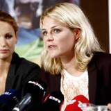 ARKIVFOTO: Pernille Skipper og Johanne Schmidt-Nielsen på Enhedslistens sommergruppemøde 2014.