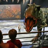 Naturprogrammer fra BBC er optaget i HD-kvalitet. Det betyder, at dinosauere som denne kommer helt ud i stuerne og tæt på seerne.